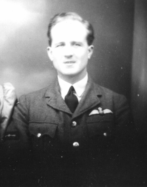norman-sutton-and-wife-joan-whilst-with-611-sqn-kia-5-oct-1940-crop (503x640)