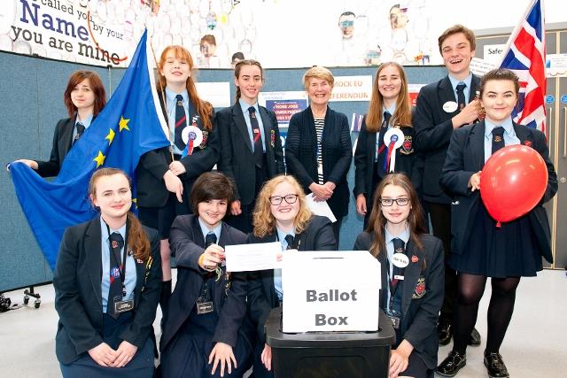 De La Salle Students Vote Remain In Mock Eu Referendum