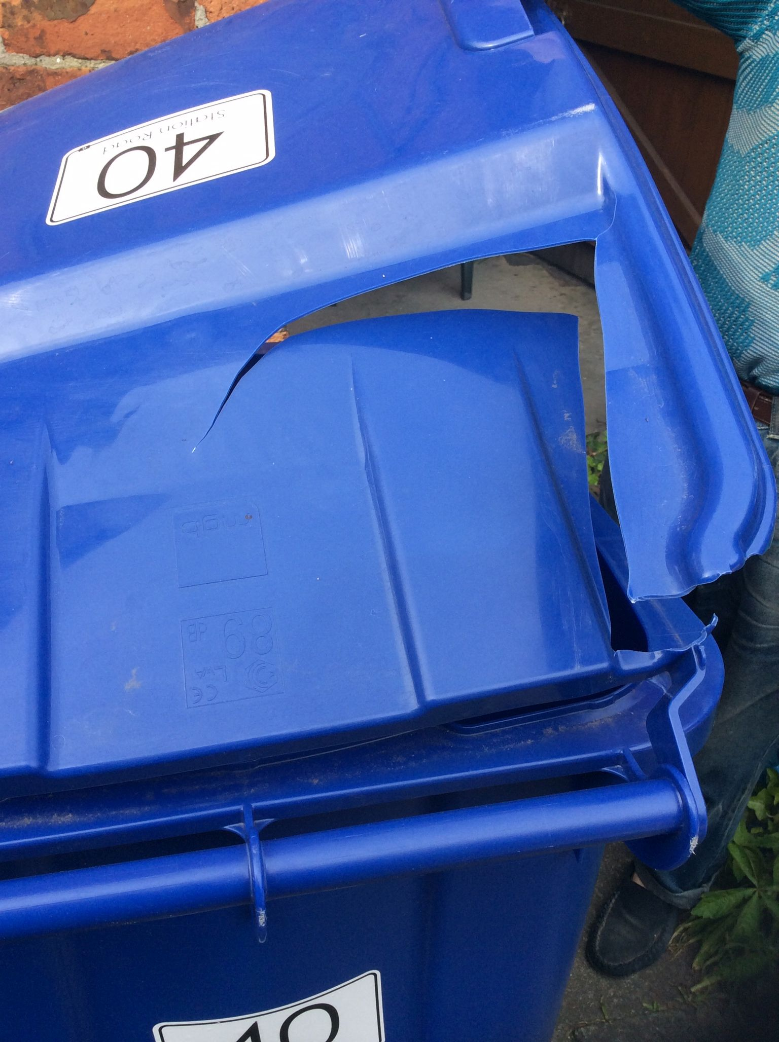 , Council Leader quizzed over Waste bin Breakages, Skem News - The Top Source for Skelmersdale News