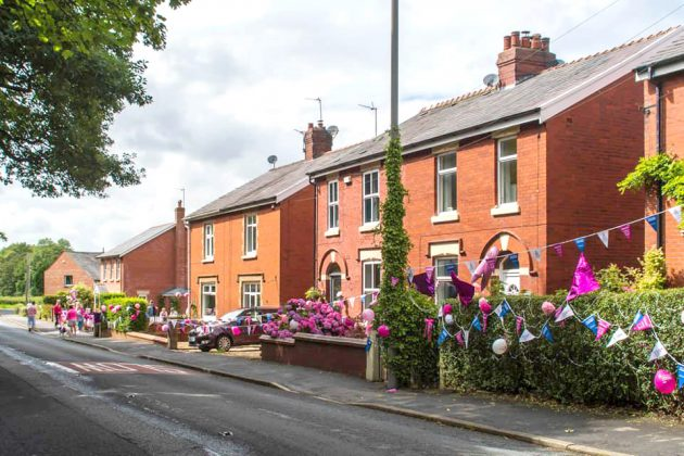 donation, A blooming good donation for In Pink, Skem News - The Top Source for Skelmersdale News