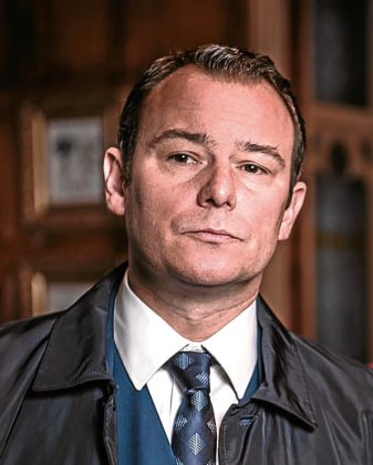 andrew lancel, Andrew Lancel to open Liverpool Theatre Festival with one-man comedy play by city playwright Jonathan Harvey, Skem News - The Top Source for Skelmersdale News